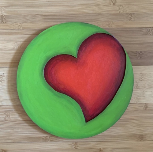 Suijin Li green disk with red heart
